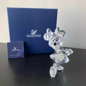 NEW Retired Swarovski Crystal Minnie Mouse